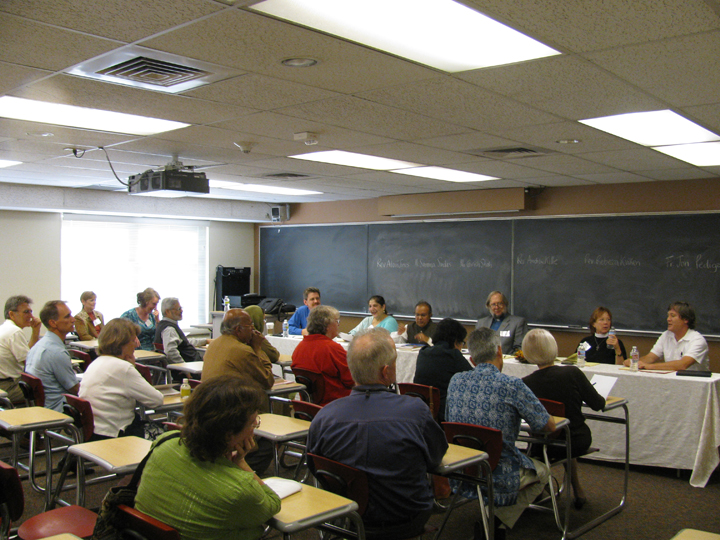 Nonviolence conference-panel-1